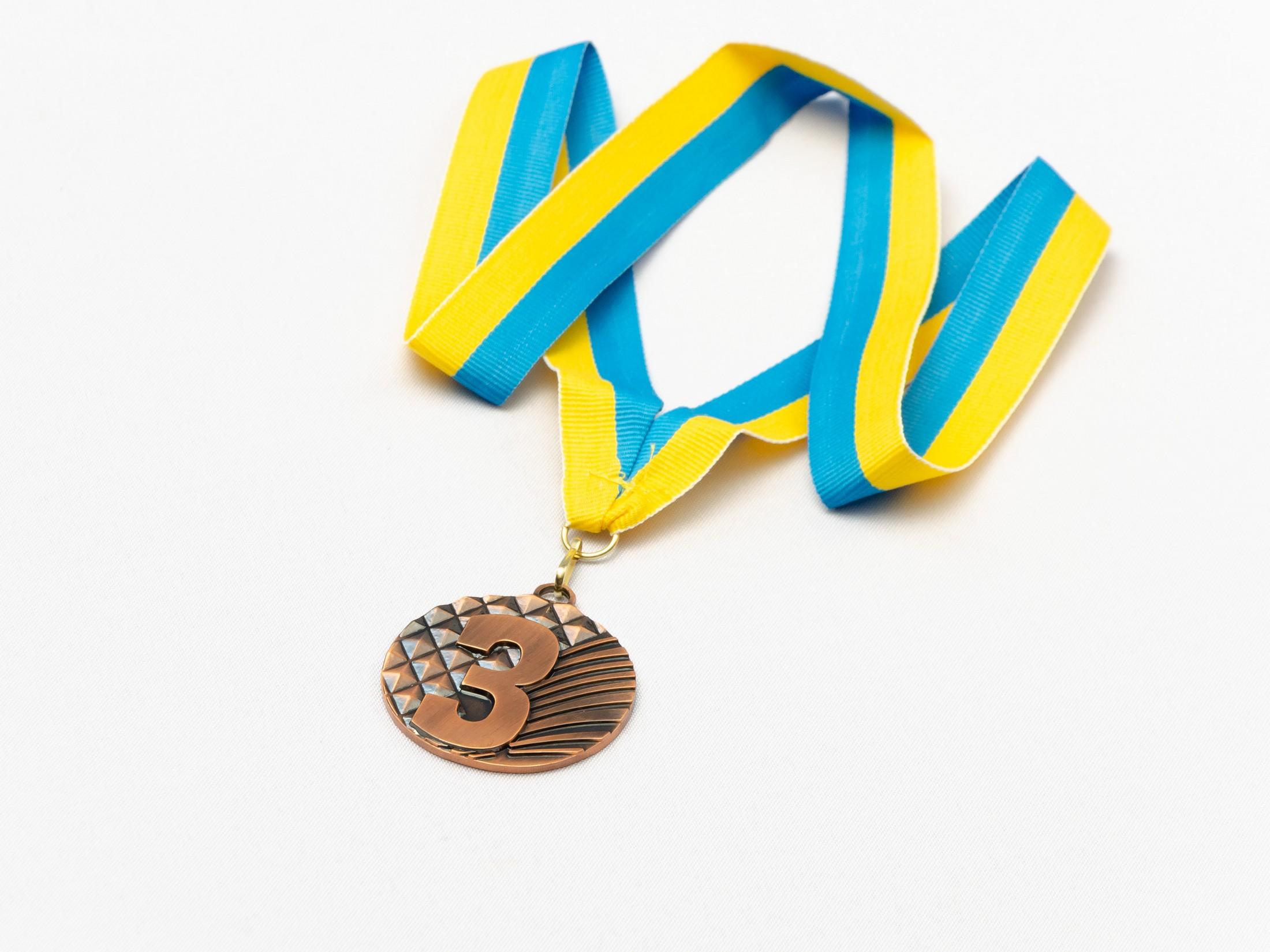 Медаль наградная для бильярда Ромб с лентой (3 место, бронза)  ø5см